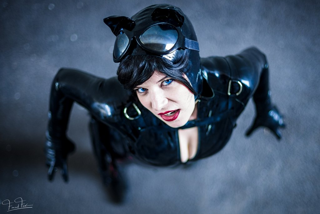 2017-08-25-Gamescom-lani-catwoman-410.jpg
