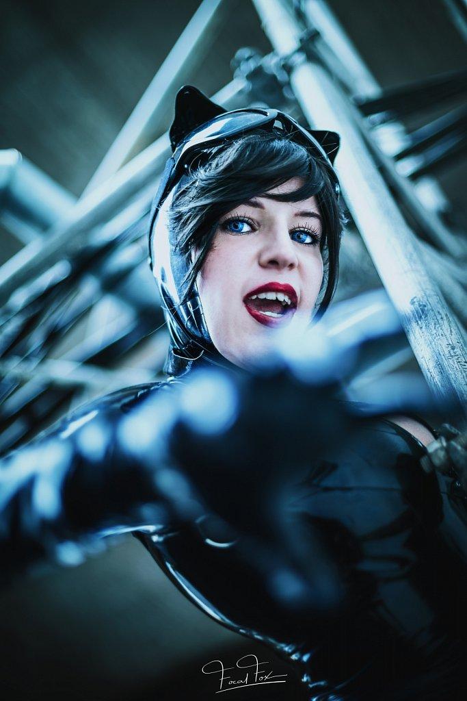 2017-08-25-Gamescom-lani-catwoman-359-print.jpg